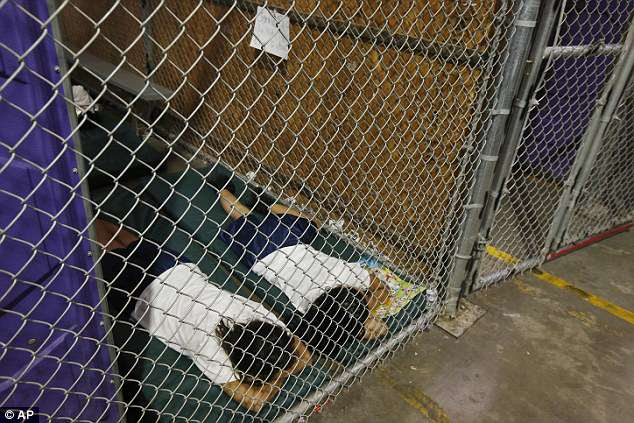 immigrant children in cage
